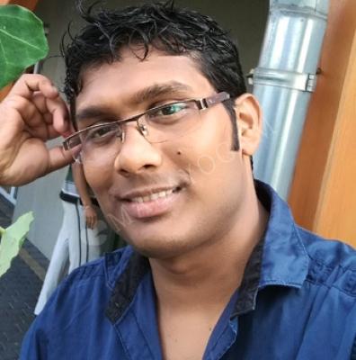 Midhun, a groom from Ernakulam